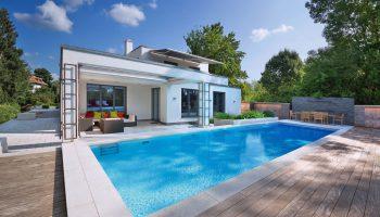 Pool_und_Haus